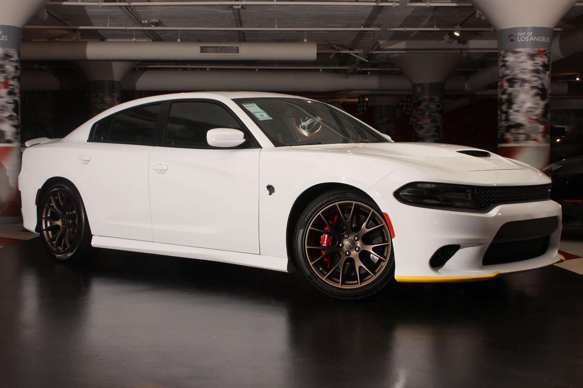 2017 Dodge Charger SRT Hellcat  19 harmankardon Greenedge Speakers 50 State Emissions Engine