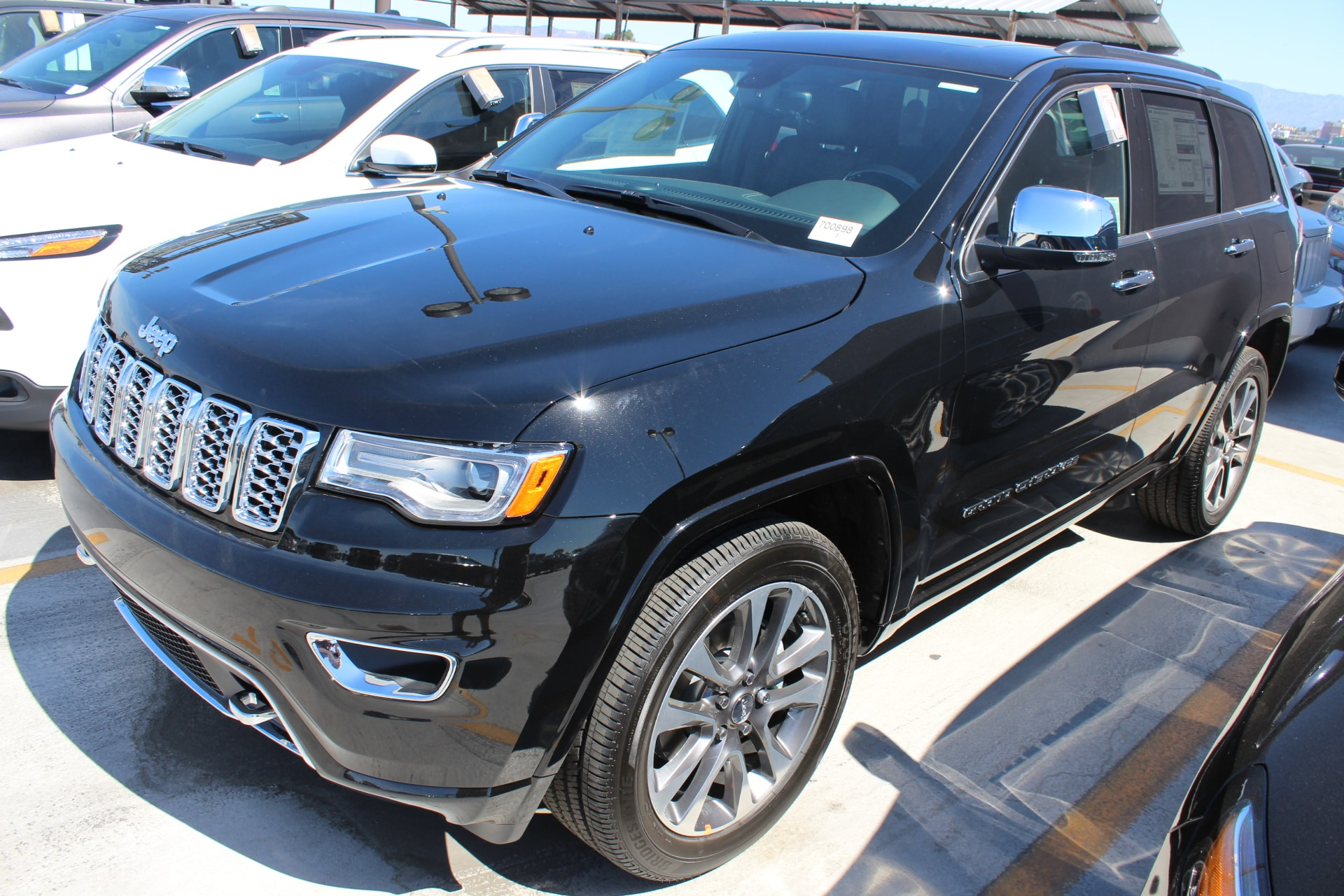 2017 Jeep Grand Cherokee Overland RWD These 2017 Jeep Grand Cherokees are priced to GO and are ver