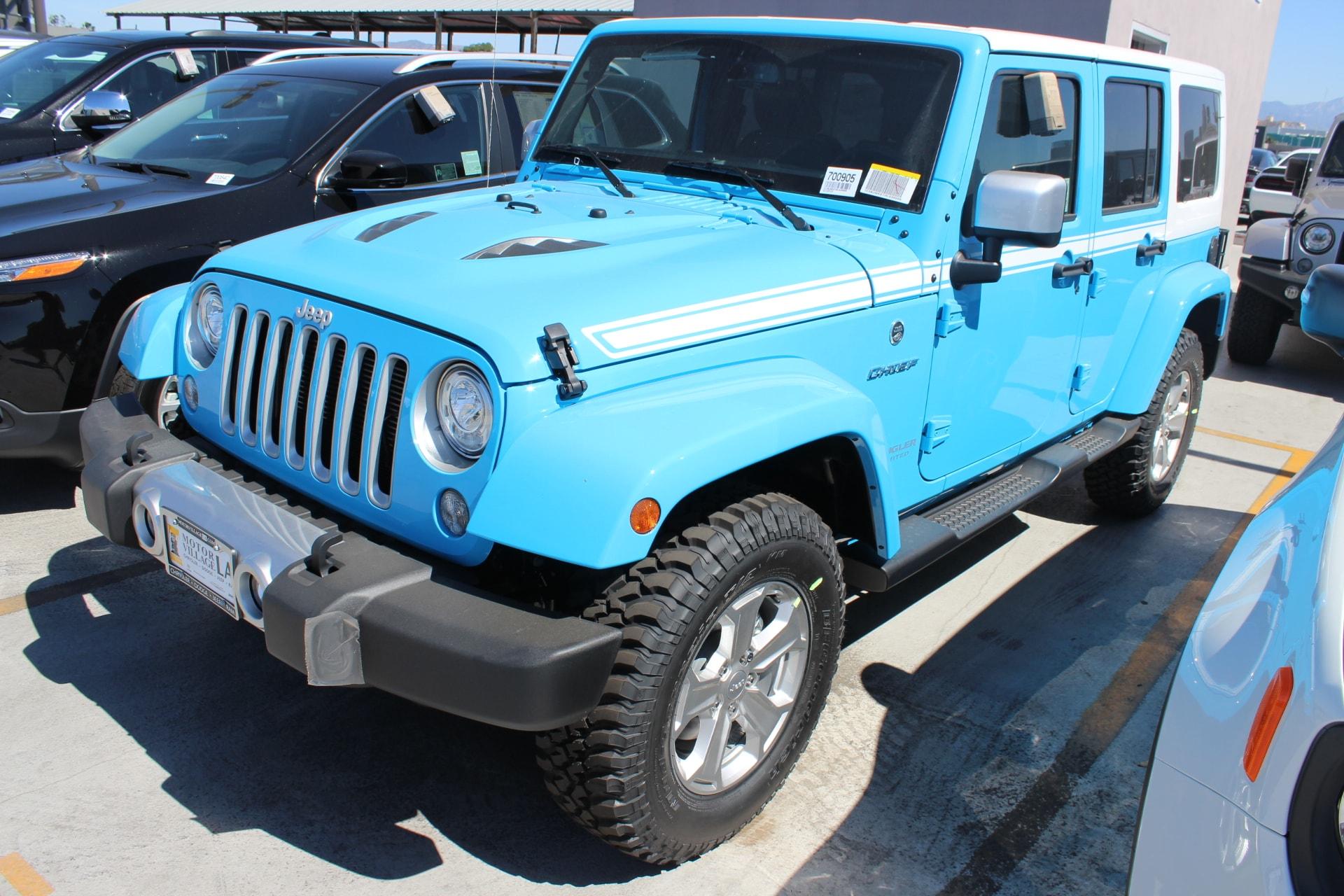2017 Jeep Wrangler Unlimited Sahara 4x4  4-Wheel Drive Swing Gate Decal 40GB Hard Drive w28GB A