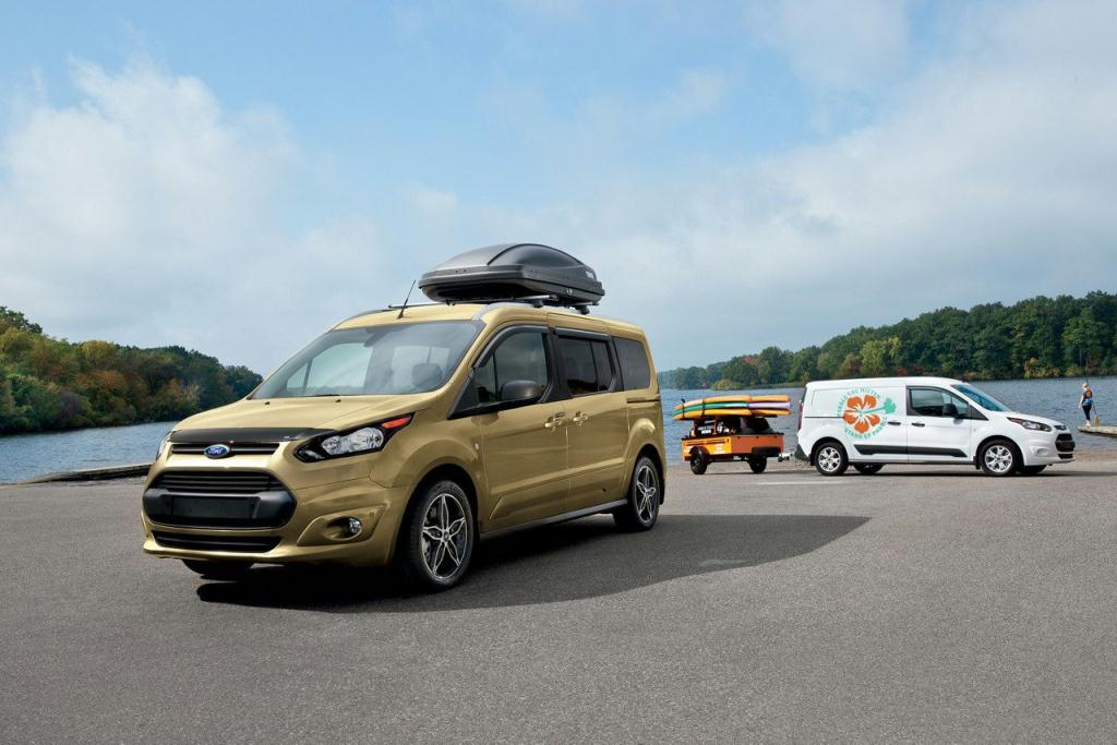 2017 Ford Transit Connect Passenger Wagon towing