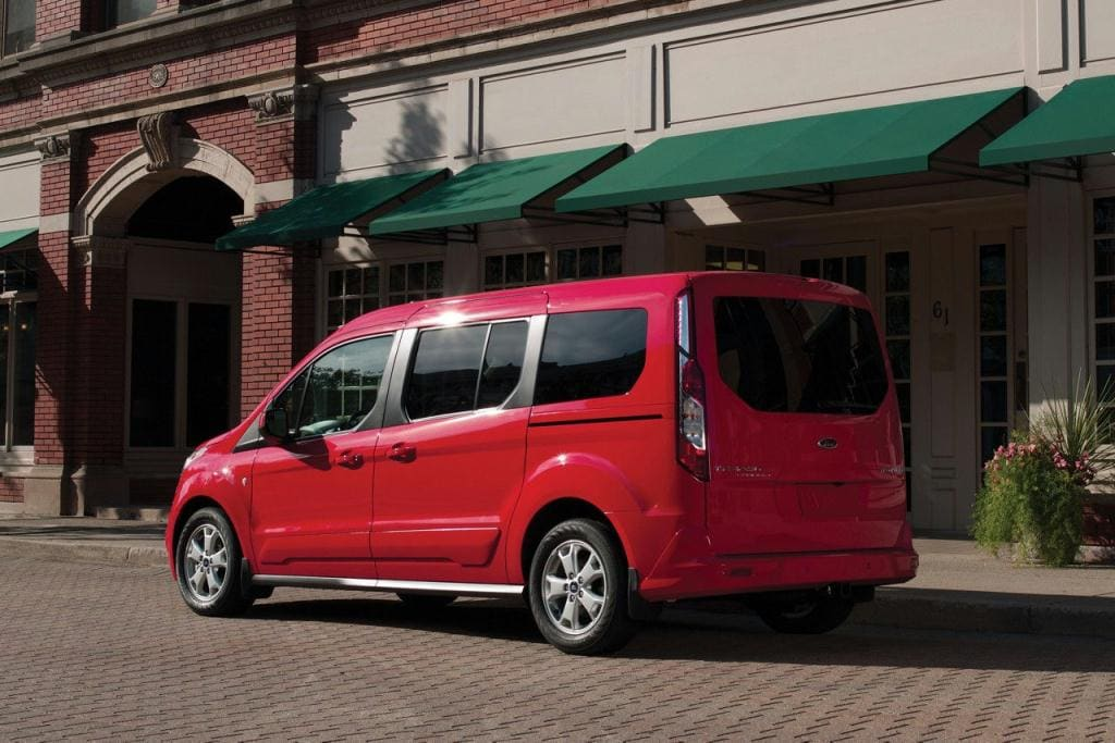 Ford Transit Connect Titanium in Race Red