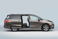 2018 Honda Odyssey available near Hicksville