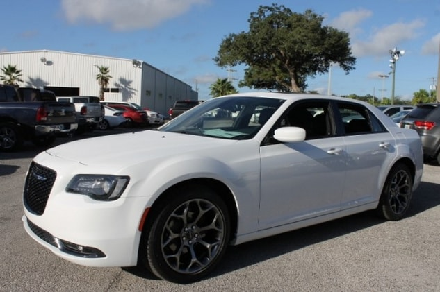Chrysler 300 for Sale in Tampa, FL