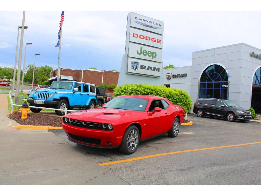 2017 Dodge Challenger GT Looking for a new car at an affordable price Check out this 2017 Repres