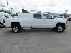2017 Chevrolet Silverado 2500HD Crew Cab 4x4 Gas long box LT loaded Crew Cab