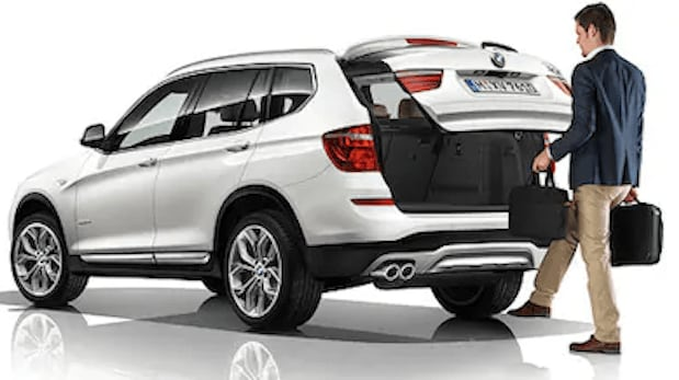 BMW hands-free liftgate