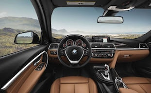 2018 BMW 3 Series dashboard