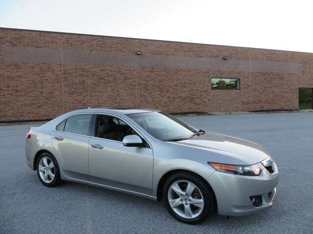 2010 Acura TSX 2.4 Sedan Bluetooth/Heated Seats/Fully Serviced Sedan