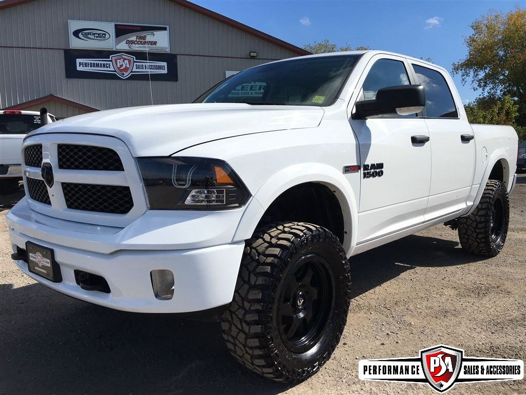 2015 Ram 1500 ECO DIESEL 6 inch BDS LIFT!! Truck