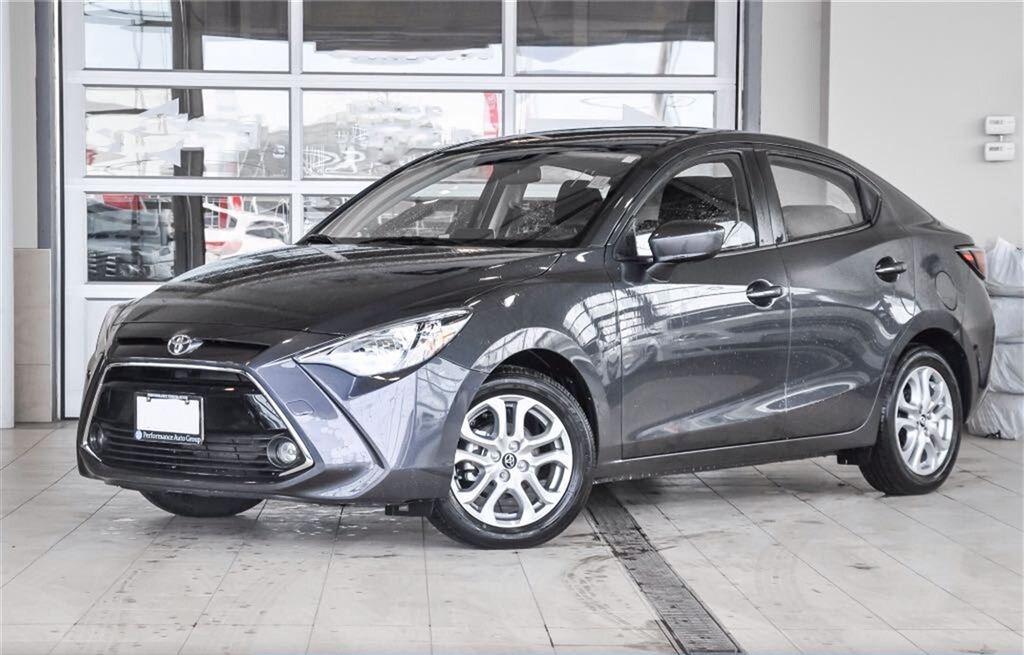 2016 Toyota Yari Sedan Premium