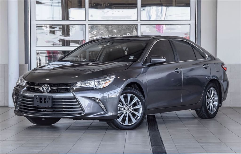 2016 Toyota Camry XLE - One Owner