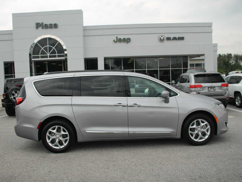 used 2017 chrysler pacifica touring l for sale orangeburg sc. Black Bedroom Furniture Sets. Home Design Ideas