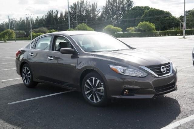 New 2017 Nissan Altima