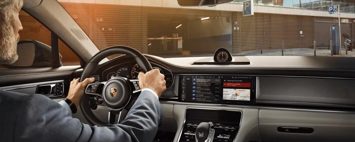 Porsche Connect Finder