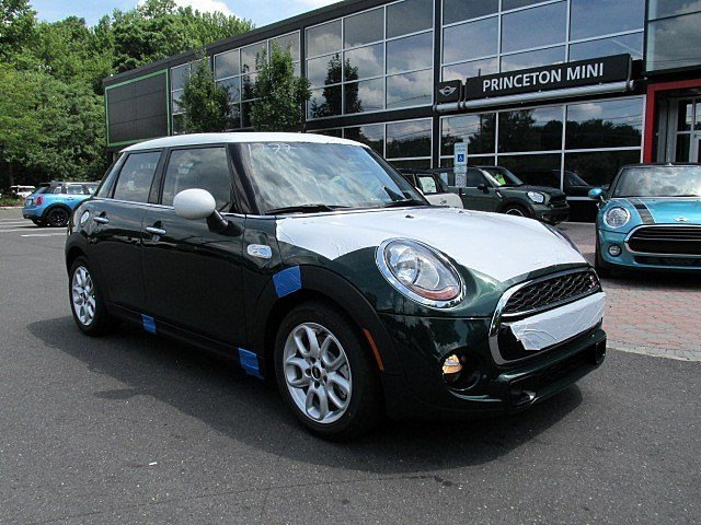 2017 MINI Hardtop 4 Door Cooper S Hatchback