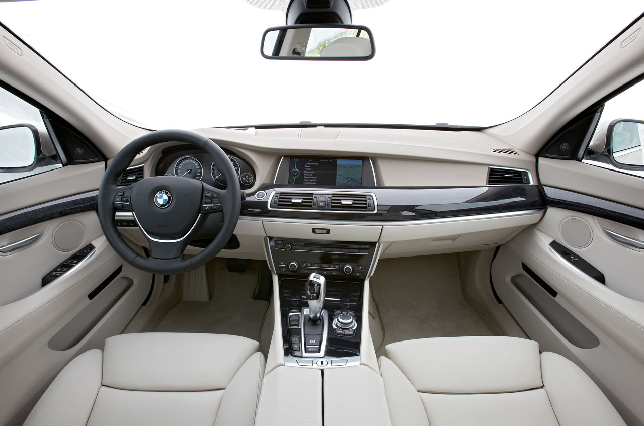 Park Ave Bmw Bmw 550gt Wins Ward S Best Interior For 2010