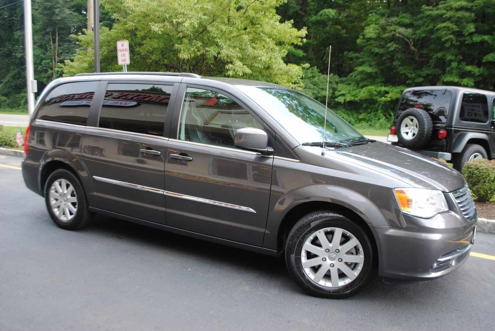 used 2015 chrysler town country for sale west milford nj. Black Bedroom Furniture Sets. Home Design Ideas