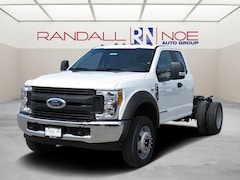 2017 Ford F-450SD F-450 XL Cab/Chassis