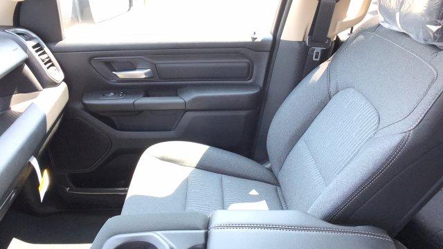 2019 RAM 1500 TRADESMAN QUAD CAB 4X4 6'4 BOX