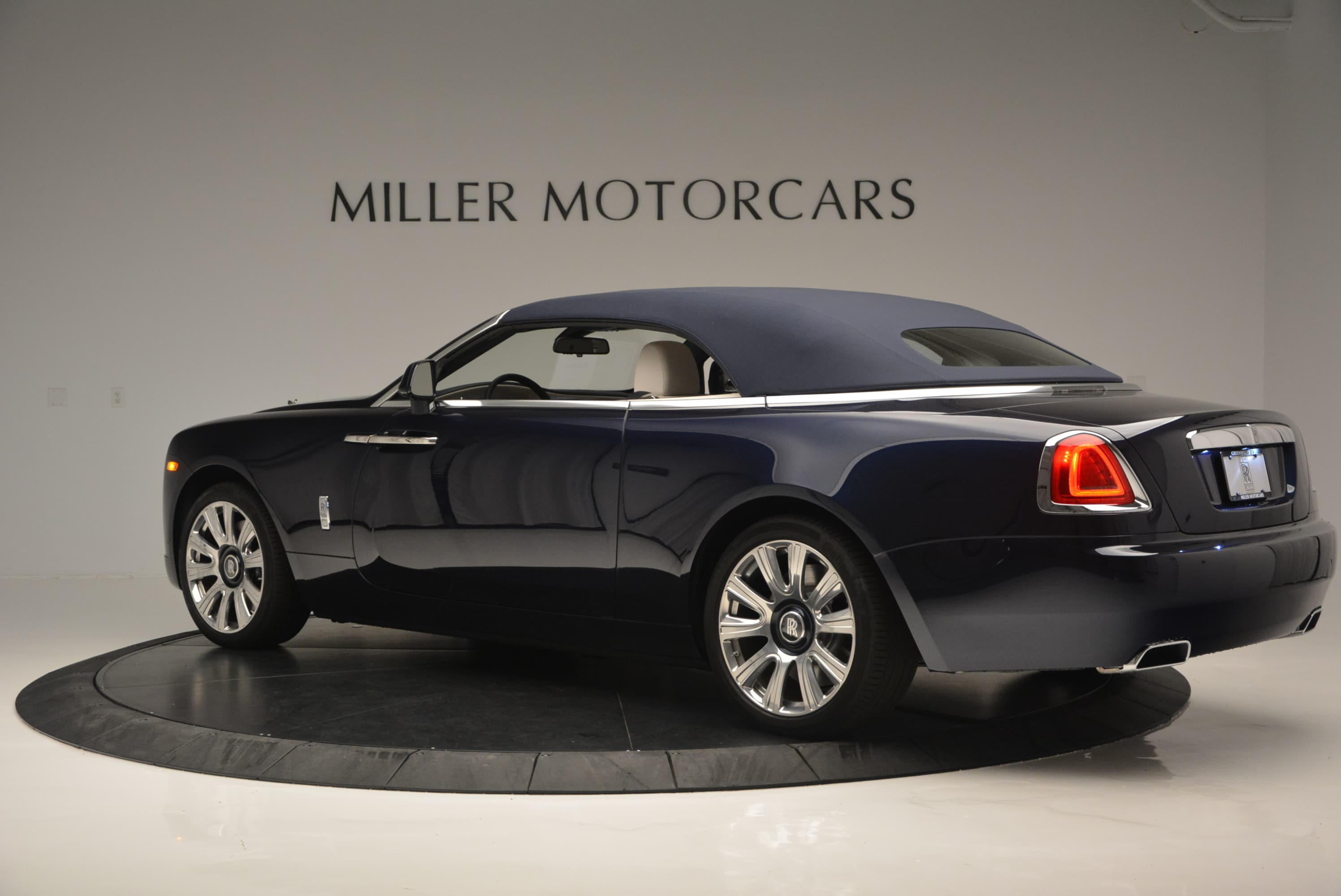 used 2016 rolls royce dawn for sale greenwich ct. Black Bedroom Furniture Sets. Home Design Ideas