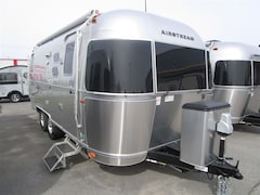 2017 AIRSTREAM 23D FLYING CLOUD -