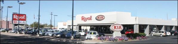 royal kia new kia dealership in tucson az 85712. Black Bedroom Furniture Sets. Home Design Ideas