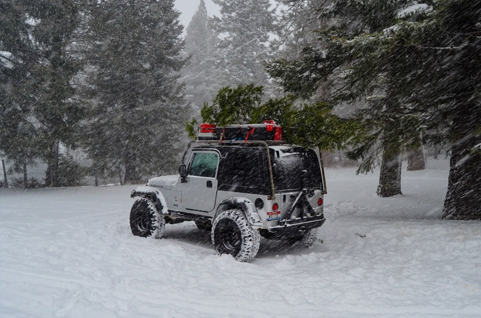 Driving a jeep in the winter #5