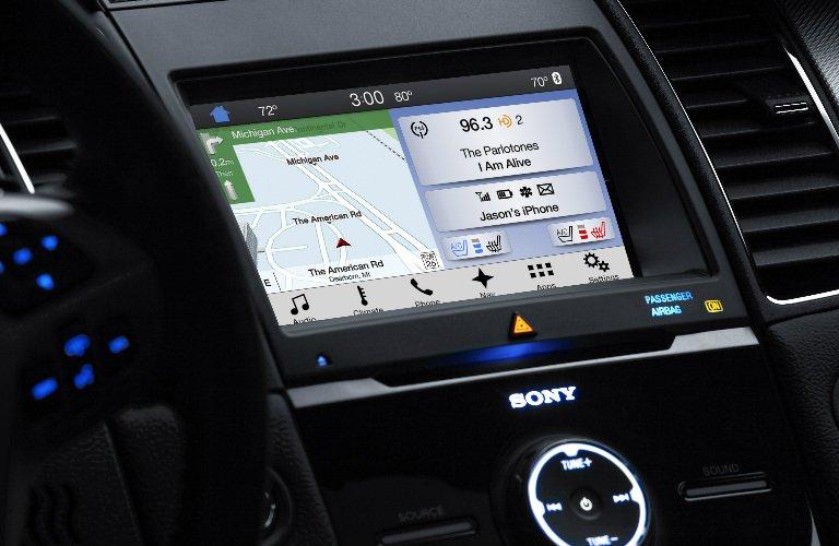 2017 Ford Taurus navigation screen_o.jpg