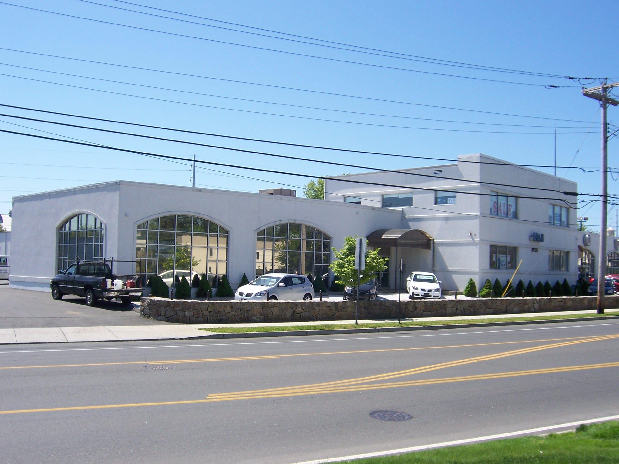 G&J Used Car Dealership in Fairfield CT