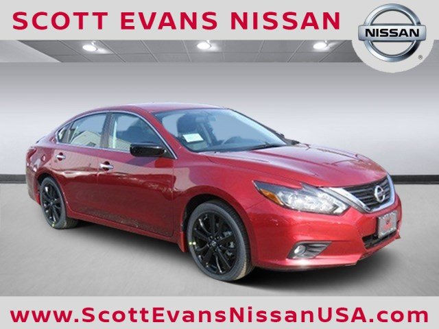2017 Nissan Altima 2.5 SR Midnight Edition Sedan