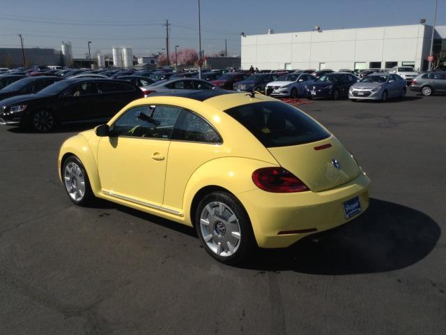 volkswagen beetle 2015 colors. 2015 volkswagen beetle 18t wsunroofsoundnavigationpzev coupe colors