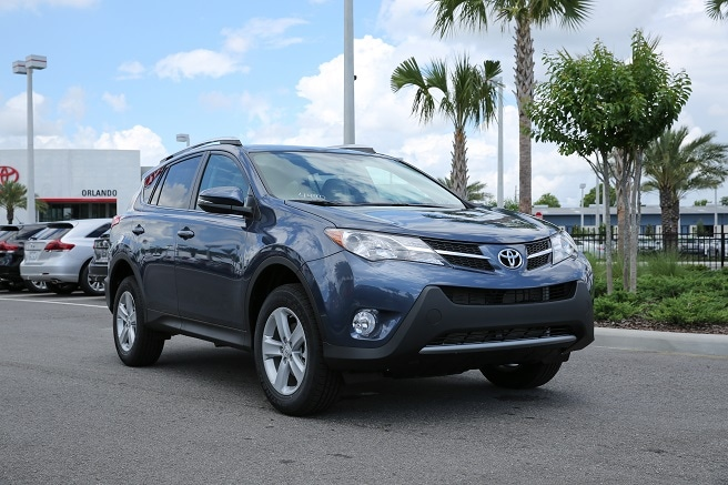 2013 Toyota RAV4 offers tons of cool and convenient options
