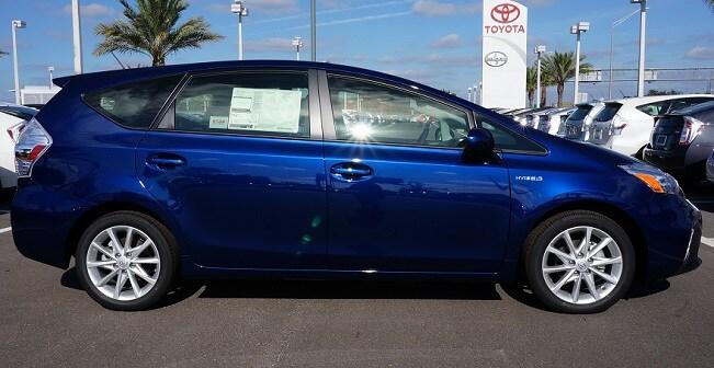New Toyota Prius v in Orlando