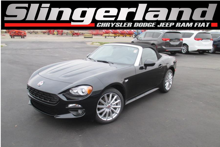 2018 FIAT 124 Spider Lusso This vehicle wont be on the lot long It offers great fuel economy and