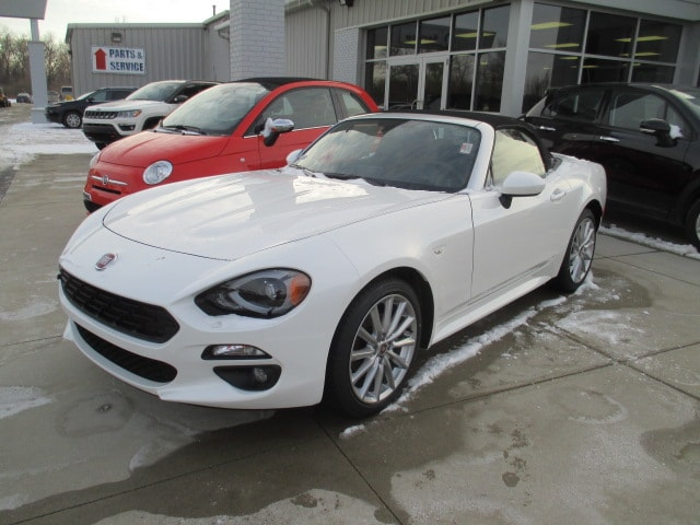 2018 FIAT 124 Spider LUSSO 2018 Fiat 124 Spider Lusso Transmission 6-Speed Aisin Automatic Navi