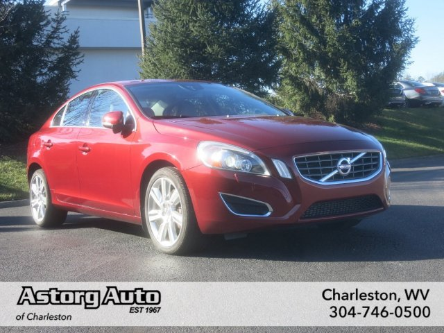 2012 Volvo S60 T6 w/Moonroof Sedan