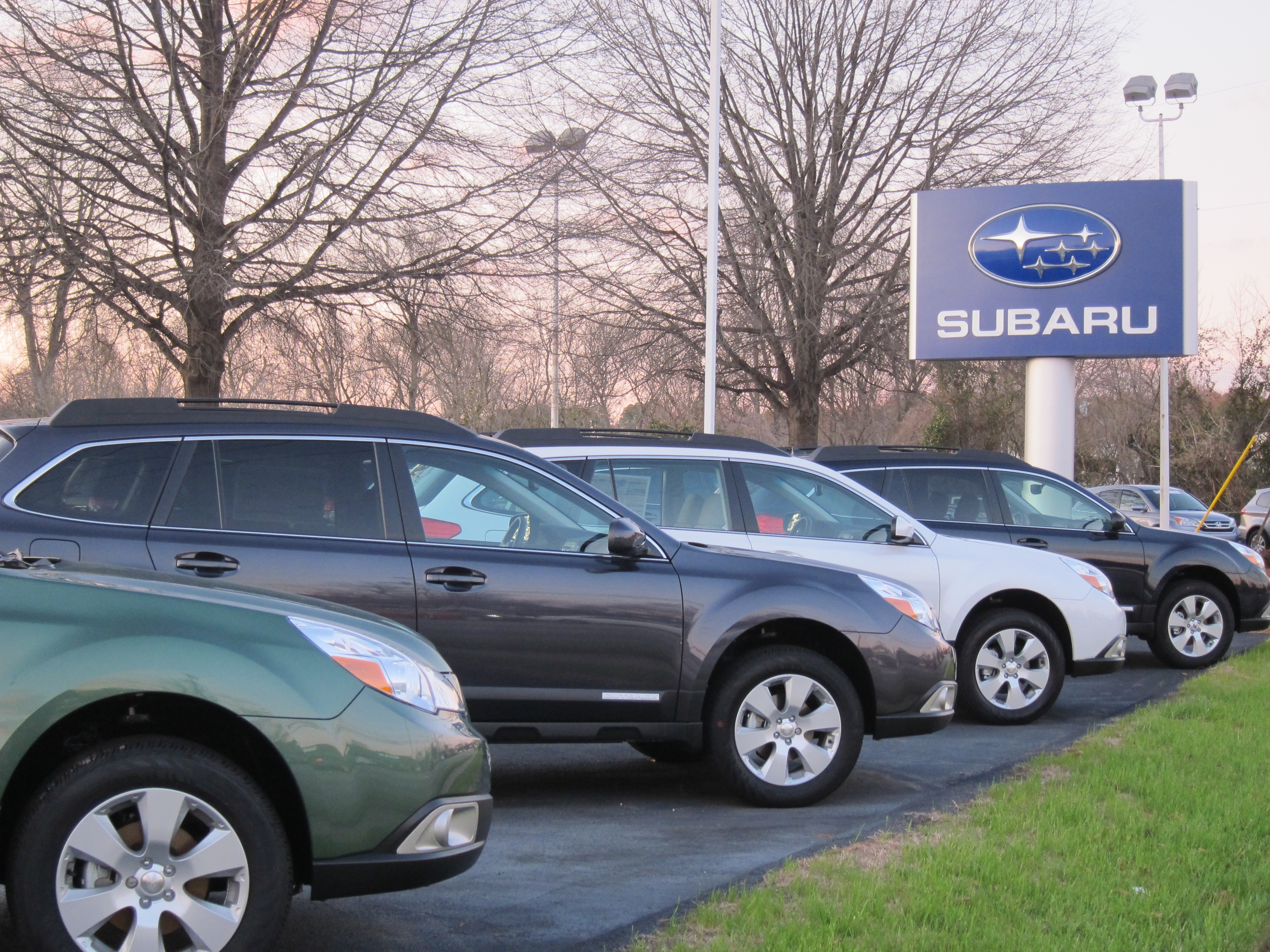 new subaru used car dealer in raleigh nc southern states subaru serves chapel hill cary. Black Bedroom Furniture Sets. Home Design Ideas