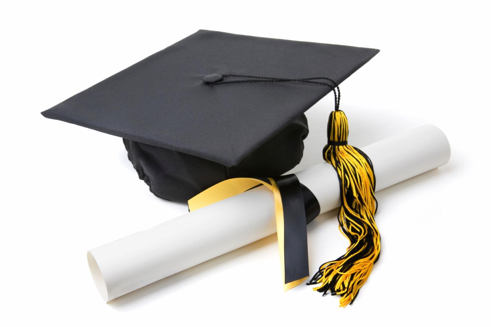 lulus sekolah
