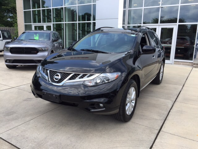 2012 Nissan Murano CVT and AWD Switch to North Olmsted Chrysler Jeep Dodge Ram Talk about a deal