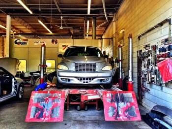 Body shop suburban chrysler dodge jeep ram of garden city mi for Suburban chrysler garden city mi