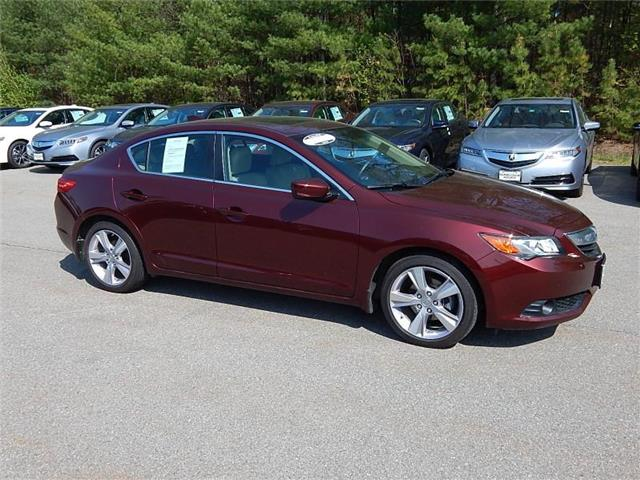 2013 Acura ILX 2.0L w/Technology Package Sedan