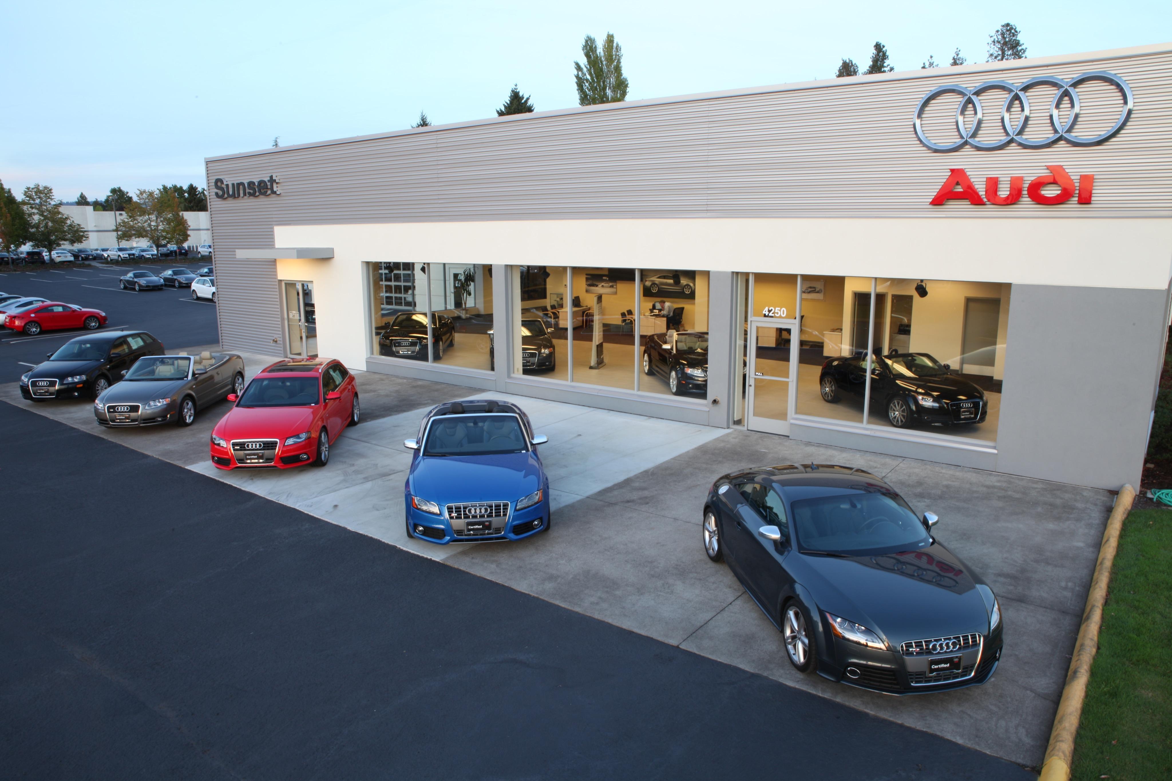 Luxury Vehicles Portland
