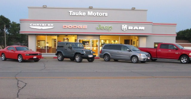 Tauke motors vehicles for sale in dyersville ia 52040 for Fox motors used cars inventory index