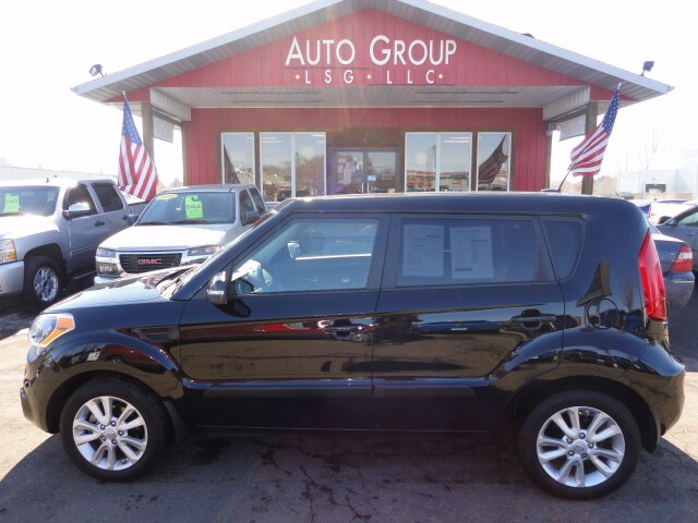 2012 Kia Soul Keyless Entry Premium Infinity Audio MP3 Ready XM Ready This funky 2012 Soul is