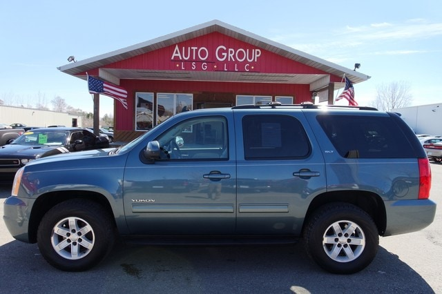 2010 GMC Yukon Station Bose Audio Heated Leather Seats DualZone Temp Third Row Elegant looks