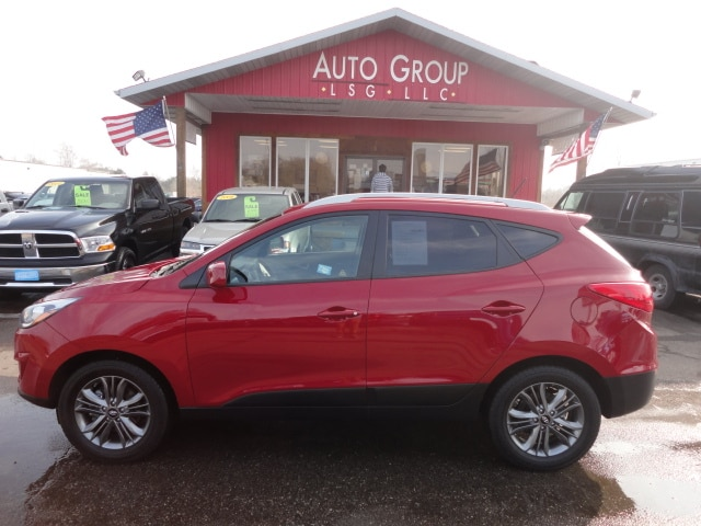 2015 Hyundai Tucson Station AWD Backup Camera Leather Seats XM Ready We proudly display our st