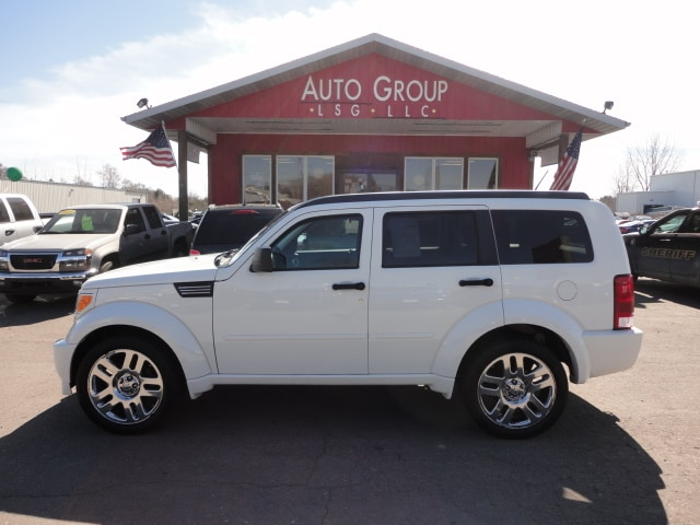2008 Dodge Nitro Station In its second year of production the Dodge Nitro midsize SUV stayed pret