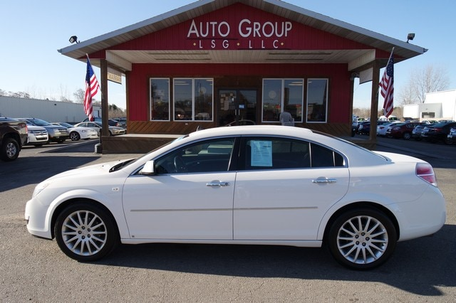 2008 Saturn Aura Heated Seats Keyless Entry This Saturn Aura XR is an excellent choice for your