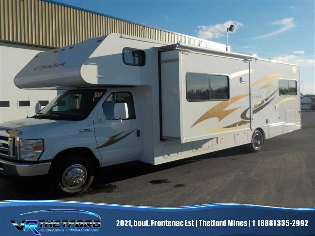 2014 WINNEBAGO CHALET 31JR LITS SUPERPOSÉS !!