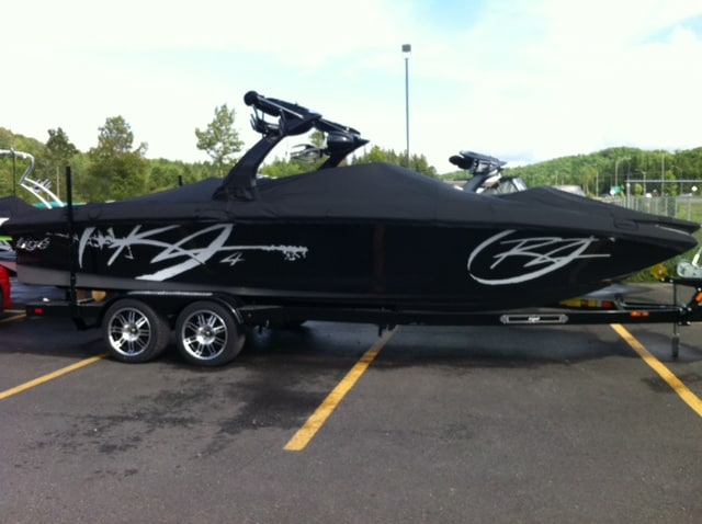Tige Boats RZ4**LIQUIDATION DEMO**